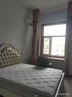 出租白领公寓,客厅卧室格局分开,私密性好
