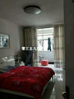 3室2厅1卫130m²精装修