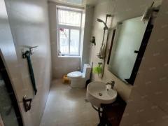 (东城区)书香名邸3室2厅2卫134m²精装修满二可按揭