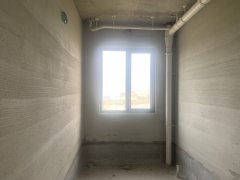 (东城区)广厦·金海湾3室2厅2卫152.75m²毛坯房
