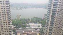 (东城区)滨湖壹号4室2厅2卫133万166m²出售